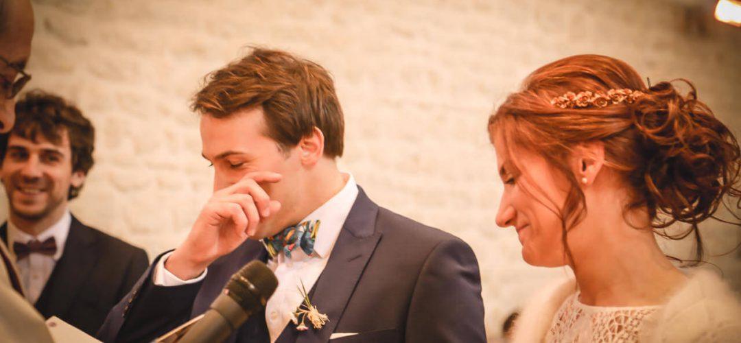 Emotion des mariés - le mari à la larme à l'œil