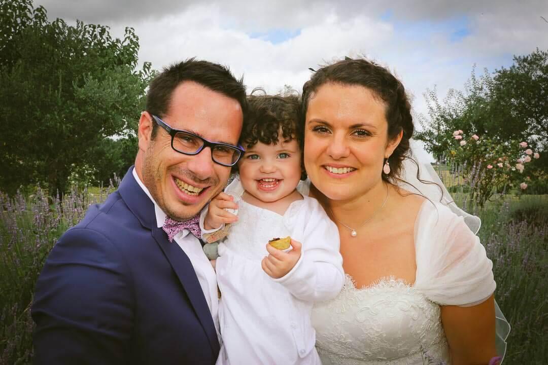 Mariés et leur enfant - Christophe Boury photographe de mariage