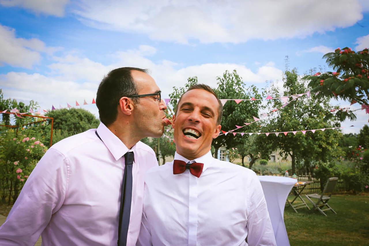 Fun Folie invités - joyeux et aussi dans un style joyeux Christophe Boury photographe de mariage de mariage