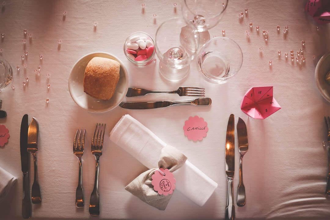 mariage Champêtre au Chemin de table Petit cadeau pour les invités dragées de mariage