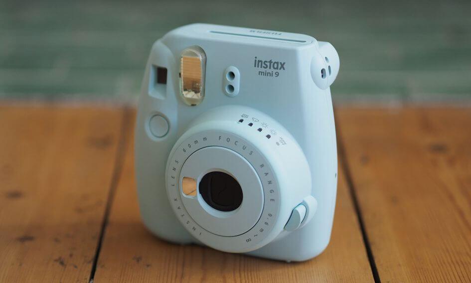 Louer votre appareil polaroid sans plus attendre. +200 photos incluses !